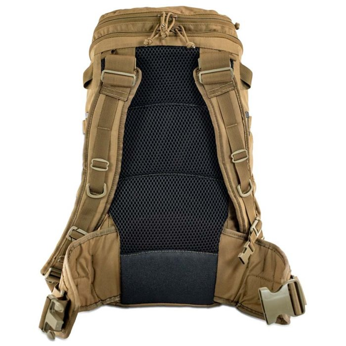 Kifaru International Shape Charge (2,050 ci - 33.5 liters) Back View Photo of Coyote Brown Color with Straps Visible